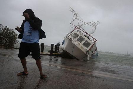 Sieu bao Irma 'quat nat' Florida - Anh 2