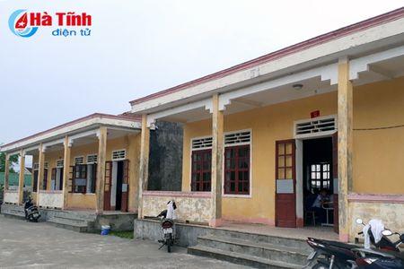 Chuyen hoc o Ky Loi: 2 truong 10 diem day, co noi 'trong' giao vien! - Anh 2