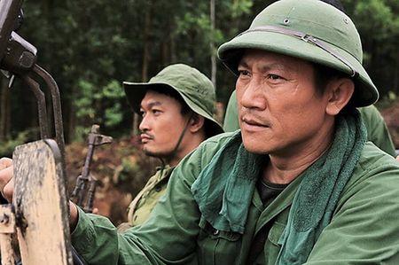 NSUT Hoang Hai tung rat soc khi ban than Le Cong Tuan Anh tu tu - Anh 2