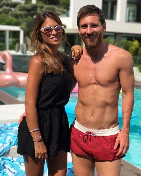 Messi lo hinh xam 'doc' o khu vuc nhay cam - Anh 2