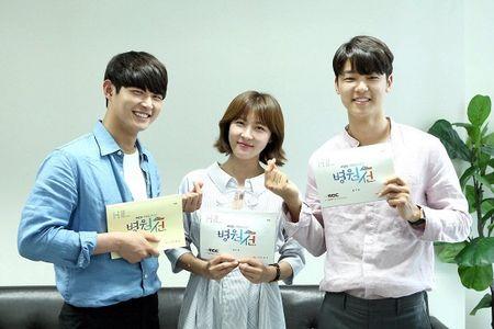 Dung that vong ve y duc vi van con nhung bac si tot tinh nhu Ha Ji Won trong 'Hospital Ship' - Anh 20