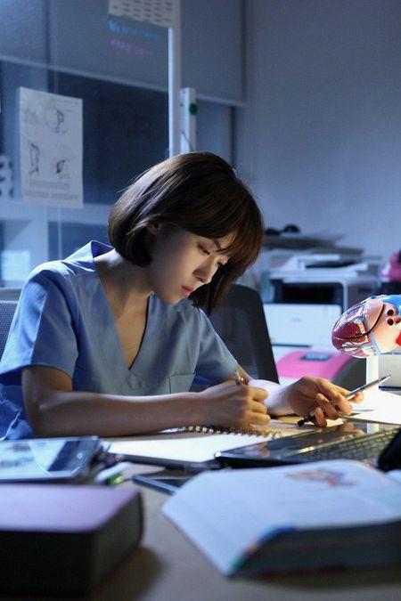 Dung that vong ve y duc vi van con nhung bac si tot tinh nhu Ha Ji Won trong 'Hospital Ship' - Anh 6