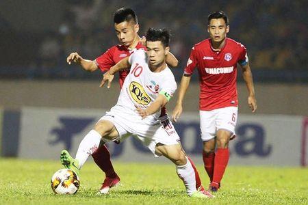 V-League: Ngoc Quang lap cu dup, HAGL dai thang Than Quang Ninh - Anh 1