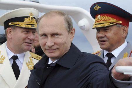 Cao thu Putin ra don dap tra My, phuong Tay the nao - Anh 1