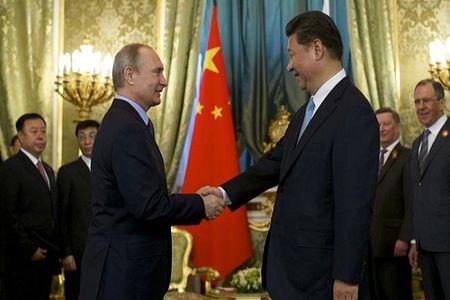 Cao thu Putin ra don dap tra My, phuong Tay the nao - Anh 2