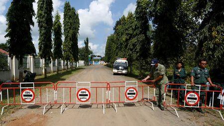 Quoc hoi Campuchia phe chuan xu lanh dao doi lap - Anh 1