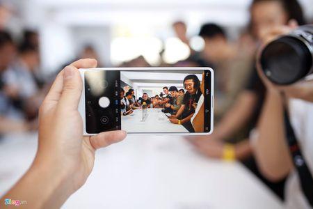 Anh Xiaomi Mi Mix 2: Thiet ke khong vien, hoan thien cao - Anh 10