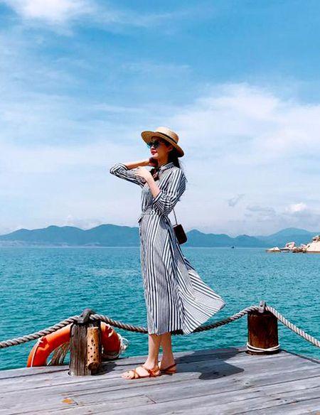 Hoang Thuy Linh khong can ho van sexy - Anh 4
