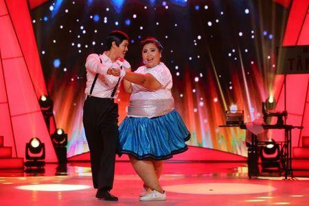 Tap 2 'Buoc nhay ngan can': Hot girl 120 kg nhay 'Cha cha cha' tinh tu - Anh 1