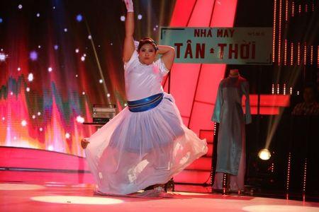 Tap 2 'Buoc nhay ngan can': Hot girl 120 kg nhay 'Cha cha cha' tinh tu - Anh 2