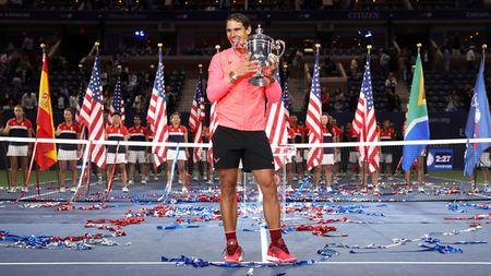 Chuyen gia nhan dinh Nadal se vuot Federer ve so danh hieu Grand Slam - Anh 1