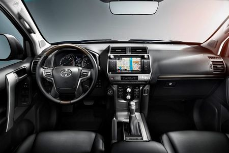 Toyota Land Cruiser Prado 2018 chinh thuc trinh lang - Anh 5
