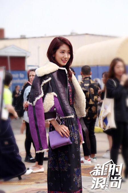 Park Shin Hye ep can khien mat gay ro ret - Anh 6