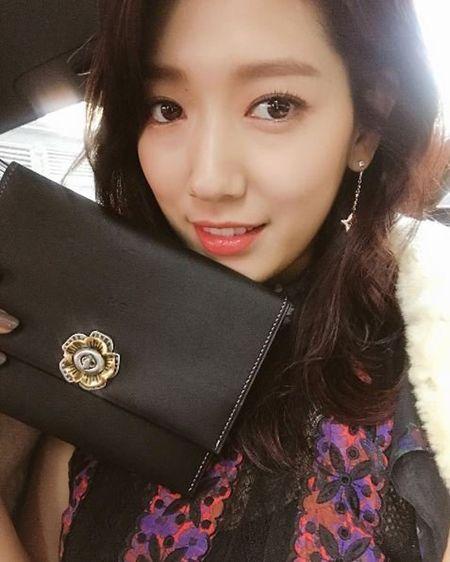 Park Shin Hye ep can khien mat gay ro ret - Anh 7