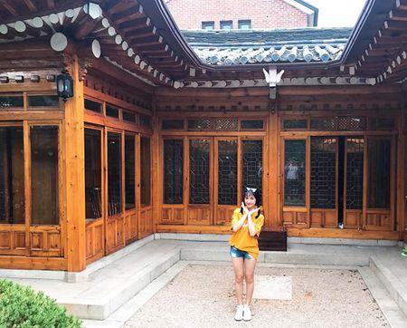 Hoa Minzy dien hanbok kham pha Han Quoc cung trai dep - Anh 7