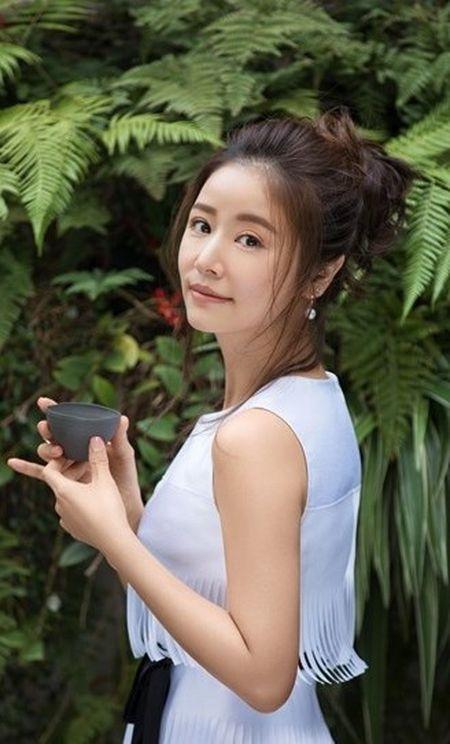 Lam Tam Nhu khoe ve dep khong the cham vao cung chang the roi xa - Anh 10