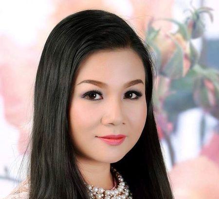 Duong Hong Loan trai long nam thang co cuc di hat, cat se 400.000 dong/thang - Anh 1