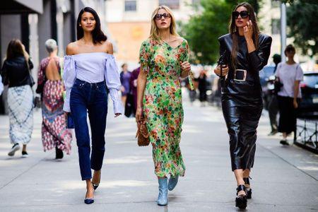 Thoi trang duong pho New York Fashion Week: Tu sexy den sang chanh - Anh 16