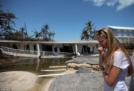 Sieu bao 'quai vat' Irma da 'can xe' Florida nhu the nao? - Anh 10