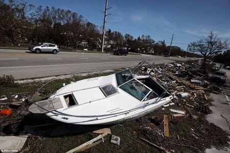 Sieu bao 'quai vat' Irma da 'can xe' Florida nhu the nao? - Anh 16