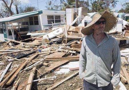 Sieu bao 'quai vat' Irma da 'can xe' Florida nhu the nao? - Anh 21
