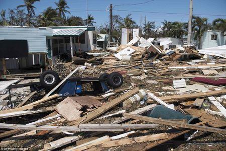 Sieu bao 'quai vat' Irma da 'can xe' Florida nhu the nao? - Anh 22