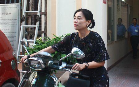 Vo Xuan Bac khoc trong cuoc hop keo dai 9 tieng voi truong CDNT Ha Noi - Anh 1