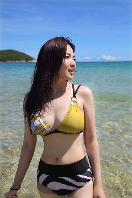 Doi thuc cua con gai nuoi Chau Nhuan Phat khien nhieu nguoi ngo ngang - Anh 18