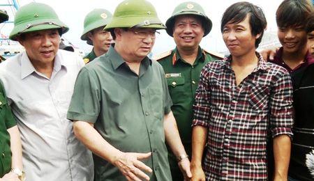 Quang Binh: Hon 20.000 ho dan trong vung nguy hiem cua Bao so 10 - Anh 1