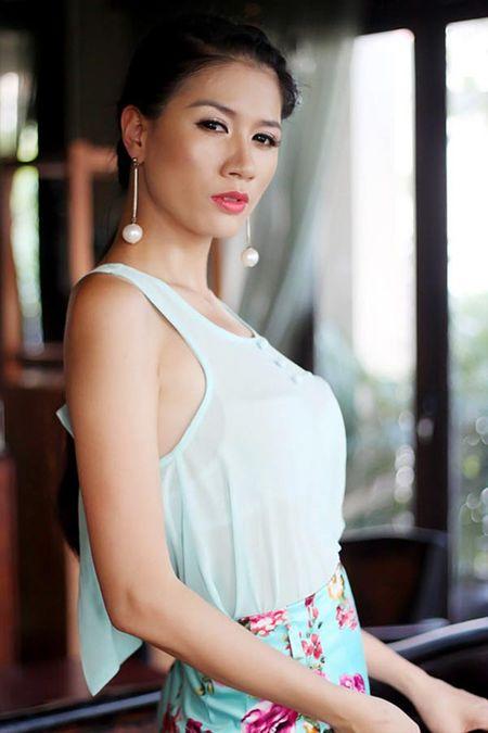 """Bi Trang Tran """"to"""" nguoc lai, vo Xuan Bac dap tra day sau cay - Anh 2"""