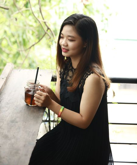 Gap go Ha Trang - co gai nghi ra ten FC cho Son Tung M-TP - Anh 3