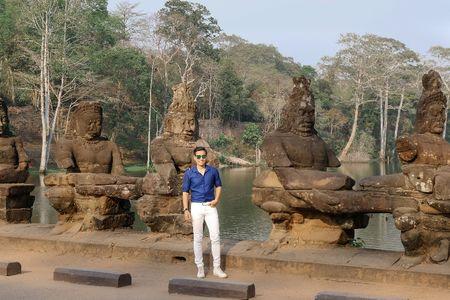 Nguyen Khang chia se bi quyet 'phuot' Campuchia chi voi 5 trieu dong - Anh 1