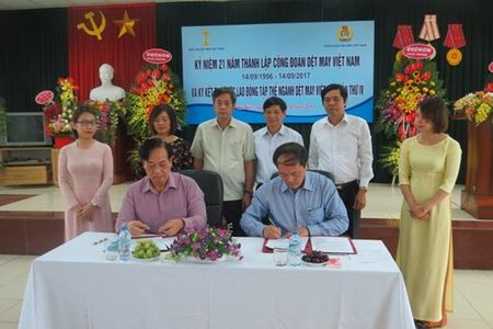 Tang thu nhap toi thieu cho nguoi lao dong nganh Det May - Anh 1