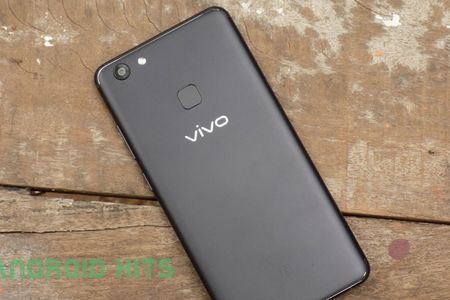 Chi tiet smartphone camera selfie 24 MP chuan bi len ke o Viet Nam - Anh 19