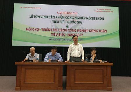102 san pham cong nghiep nong thon tieu bieu duoc ton vinh - Anh 1