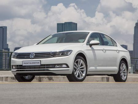 Volkswagen Passat BlueMotion gia 1,450 ty dong o Viet Nam - Anh 1