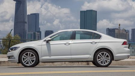 Volkswagen Passat BlueMotion gia 1,450 ty dong o Viet Nam - Anh 2