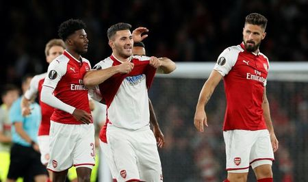 Ghi ban cho Arsenal, Sead Kolasinac the hien tinh yeu voi Schalke - Anh 1
