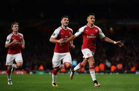 Sanchez lap sieu pham, Arsenal thang nhoc ngay chao Europa League - Anh 1