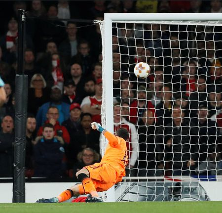 5 diem nhan Arsenal 3-1 Cologne: Sanchez xuat than, dau hoi Wenger - Anh 2