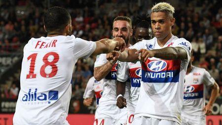 Tong hop Europa League: Lyon gay that vong; Serie A toan thang - Anh 1
