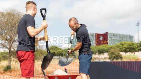 Le khoi cong xay dung SVD mang ten thanh Johan cua Barca - Anh 9
