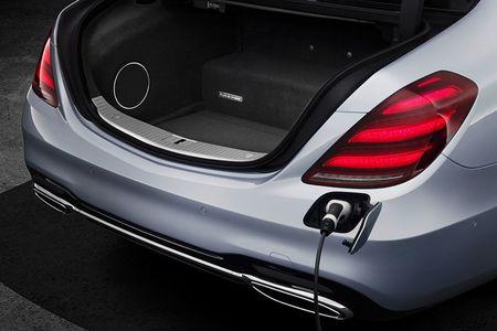 Xe sang Mercedes-Benz S560e chi 'uong' 2,1 lit xang/100 km - Anh 10