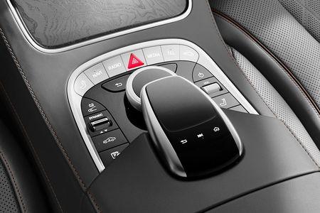 Xe sang Mercedes-Benz S560e chi 'uong' 2,1 lit xang/100 km - Anh 9