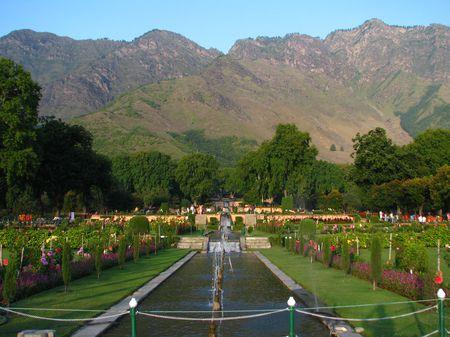 Canh sac than tien o Kashmir - Anh 10