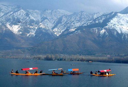 Canh sac than tien o Kashmir - Anh 8