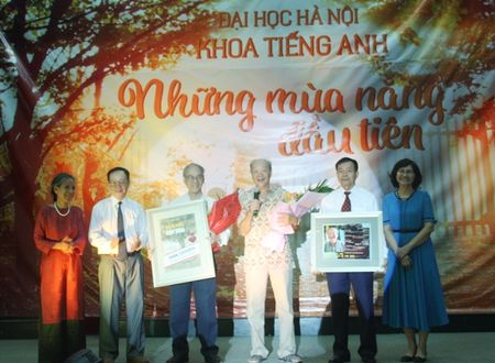 Khoa tieng Anh Truong DH Ha Noi – Nhung mua nang dau tien - Anh 2