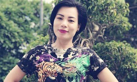 Hieu truong truong Cao dang Nghe thuat Ha Noi khong dong tinh voi viec lam cua vo Xuan Bac - Anh 1