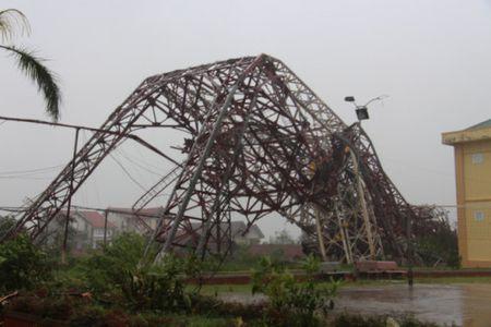 Bao so 10 quat nga thap truyen hinh cao 100 m o Ha Tinh - Anh 1