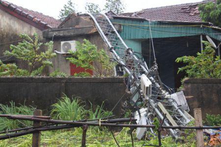 Bao so 10 quat nga thap truyen hinh cao 100 m o Ha Tinh - Anh 3
